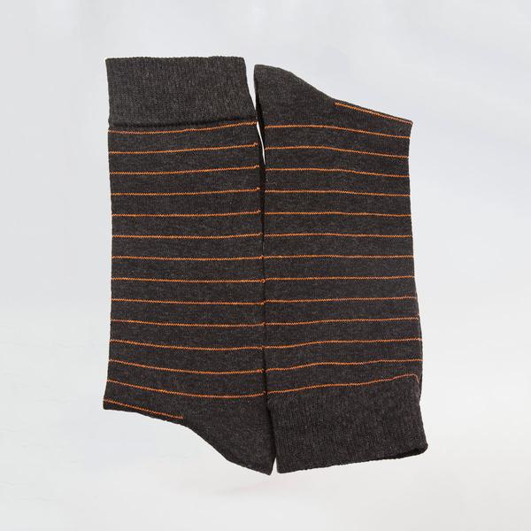 Луксозни мъжки чорапи с тънко рае